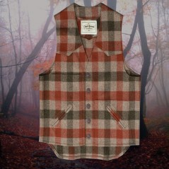 Pin Oak™ Plaid Vest